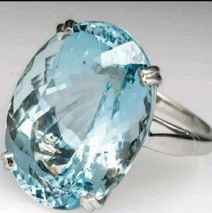 Gorgeous Aquamarine Ring!